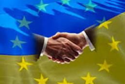 В ЕС Украине советуют не спешить в объятия Запада