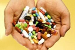 Дороге здоров'я: як довго зростатимуть ціни на ліки?