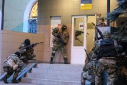 Рішення РНБО про боротьбу з терористами на сході введено у дію