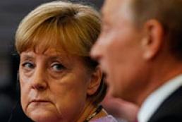 Путин рассказал Меркель, что Украина – на грани гражданской войны