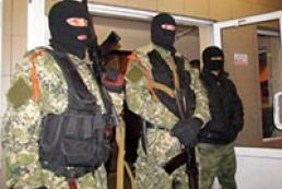 Крутов: Количество «зеленых человечков» в Донецкой области ежедневно растет