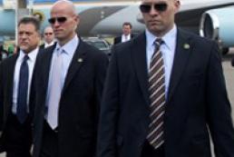 До кандидатів у президенти приставили цілодобову охорону
