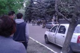 В Краматорске захватили здания милиции и СБУ