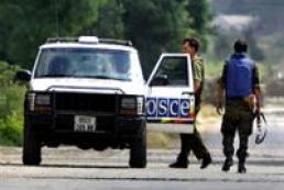 Военные наблюдатели ОБСЕ в Славянске освобождены