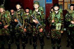 Бондаренко: Збройні формування кидаються в бій не за державу, а за одного з олігархів