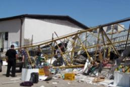 МВД подозревает троих человек в падении харьковского крана