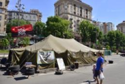 Сотник Майдана: Мы не будем разбирать баррикады и убирать палатки